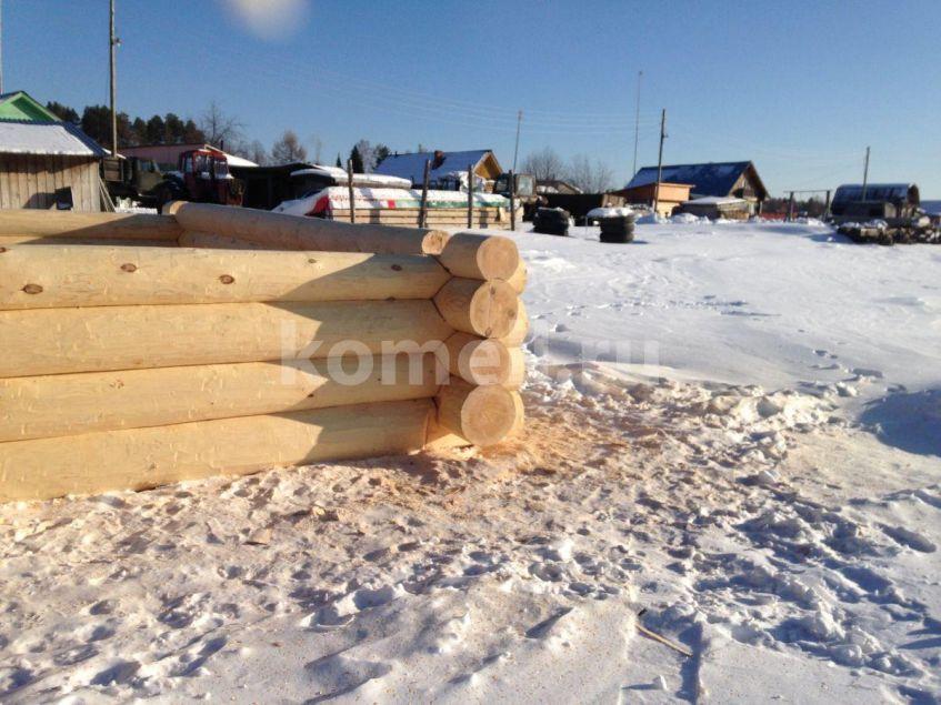 Сруб бани 7-7 из сосны зимний лес компания Комель